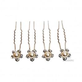 4 White Pearls Set